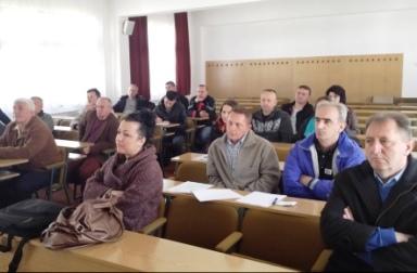 """U okviru projekta """"Razvoj lokalne zajednice u saradnji sa migrantima """" održana edukacija za kvalitetan uzgoj malina"""