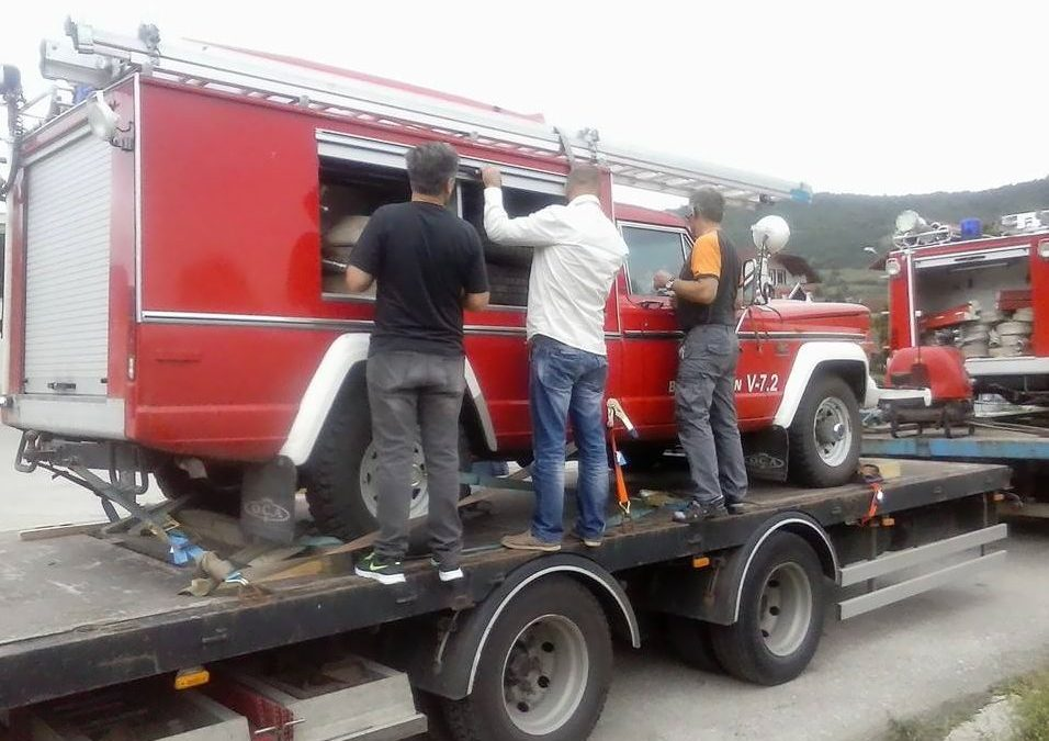 Općinska vatrogasna jedinica Ključ dobila dva interventna vozila