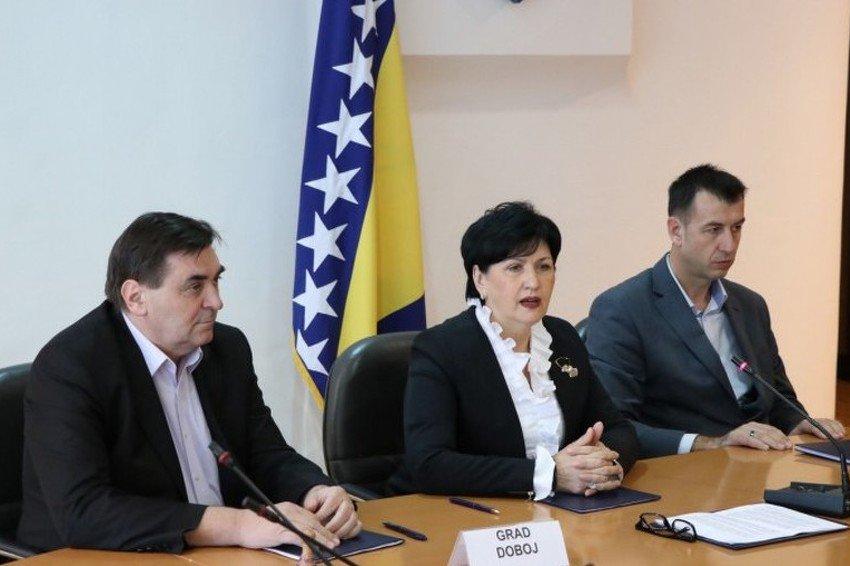 Potpisani memorandumi o saradnji u oblasti iseljeništva: BiH u ratu napustilo 1,2 miliona ljudi