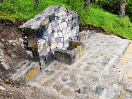 Na starom gradu napravljena česma za pitku vodu